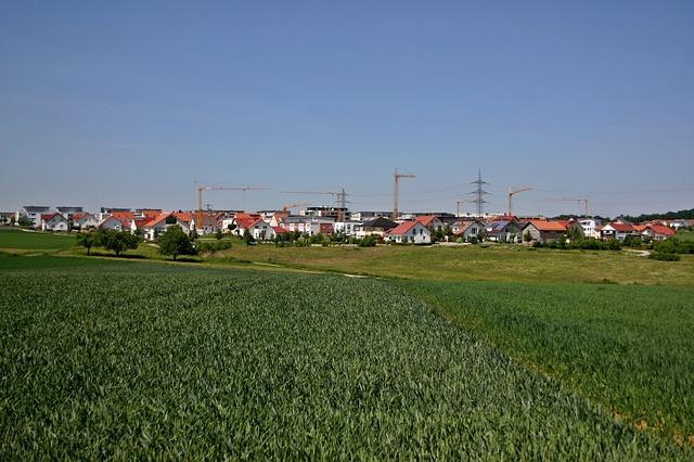 Vesnice a pole