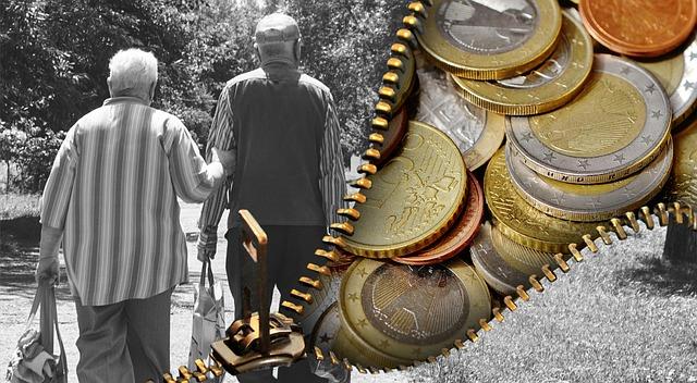 staří lidé a peníze
